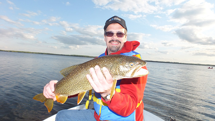 Canada fishing and hunting lodges ontario fishing for Walleye fishing in canada