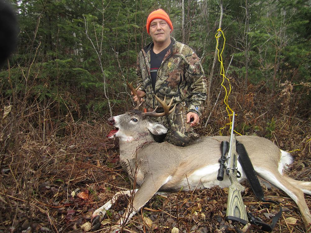 Eagle Lake Sportsmen's Lodge Hunting