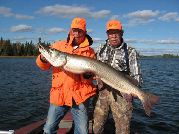 Evergreen Lodge Muskie Fishing