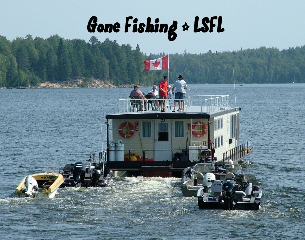 Home lac seul floating lodges for Hudson bay fishing