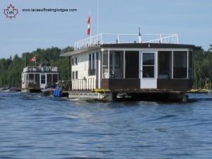Lac Seul Floating Lodges